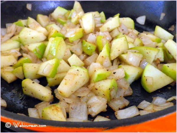 apple and onion saute