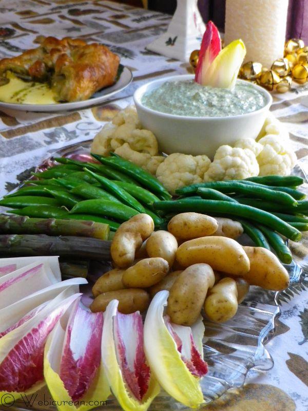 Sour Cream Dip Florentine w/Winter Veggie Platter