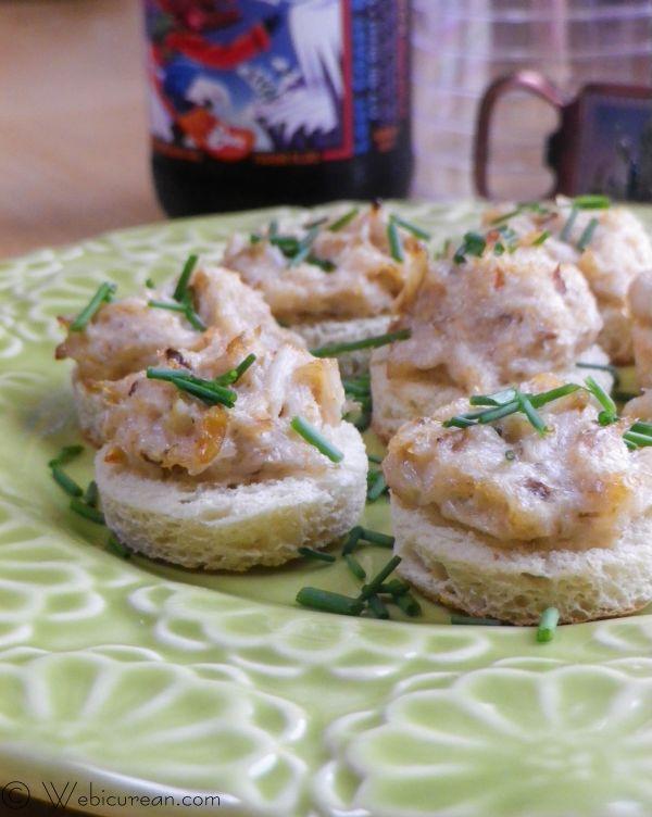 Garlicky Crab Bites