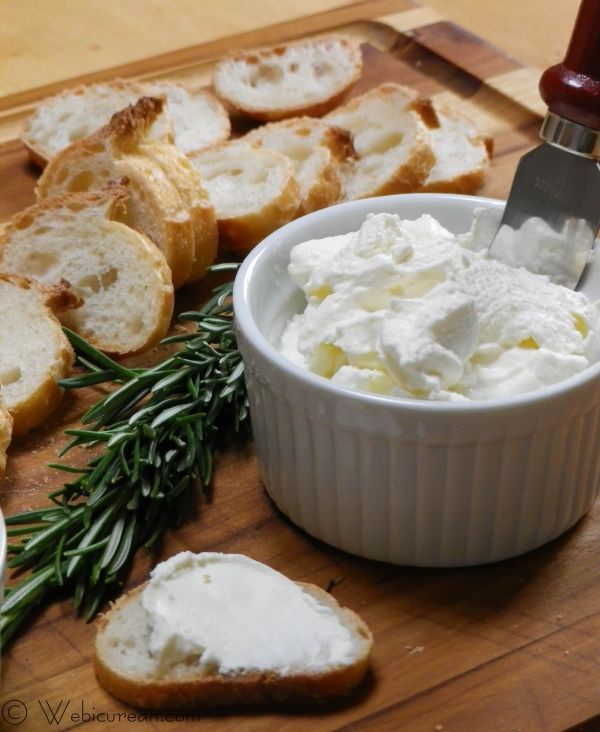Homemade Ricotta Cheese #SundaySupper | Webicurean