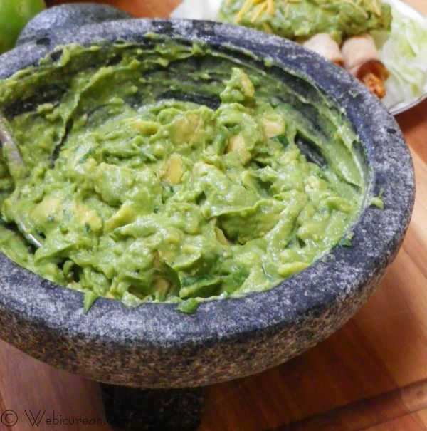 Guacamole #SundaySupper | Webicurean