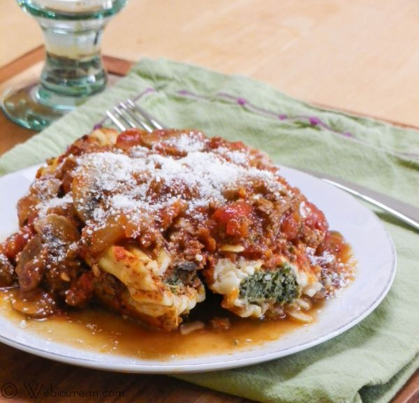 Stuff-A-Roni (Beef and Spinach Filled Manicotti) | Webicurean