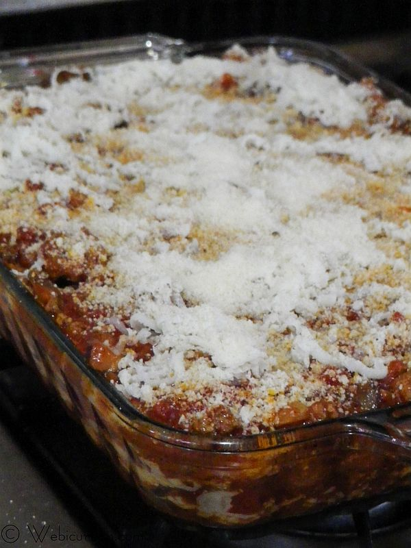 Three Cheese Lasagna with Meat Sauce #SundaySupper #FamilyDinnerTable | Webicurean