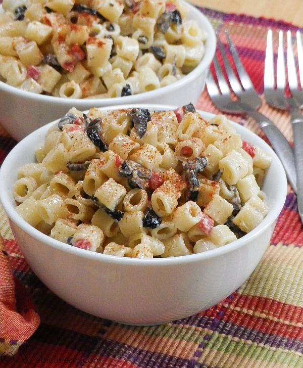 Mom's Classic Macaroni Salad #SundaySupper | Webicurean